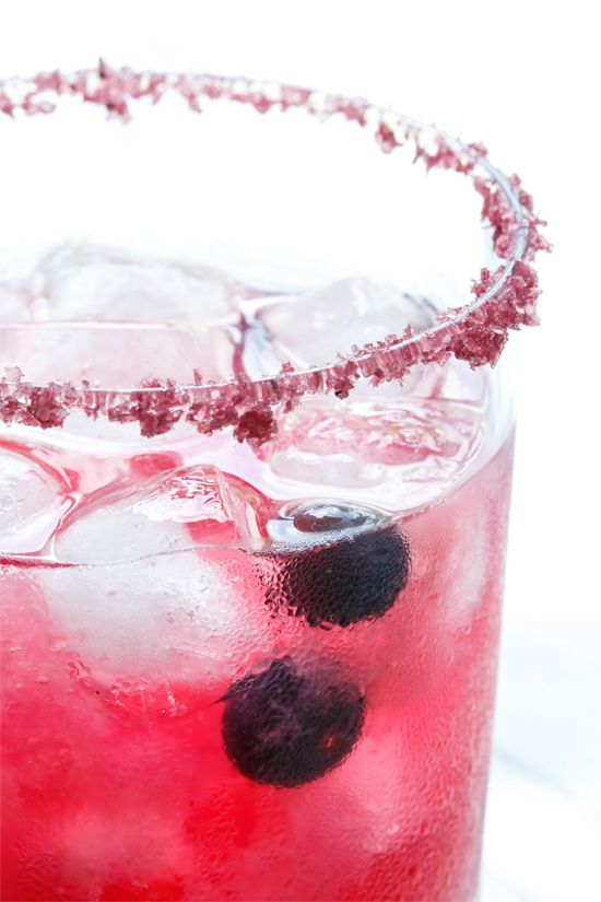 Blueberry Margarita Recipe made with fresh blueberries and a blueberry salt rim. Simply stunning.