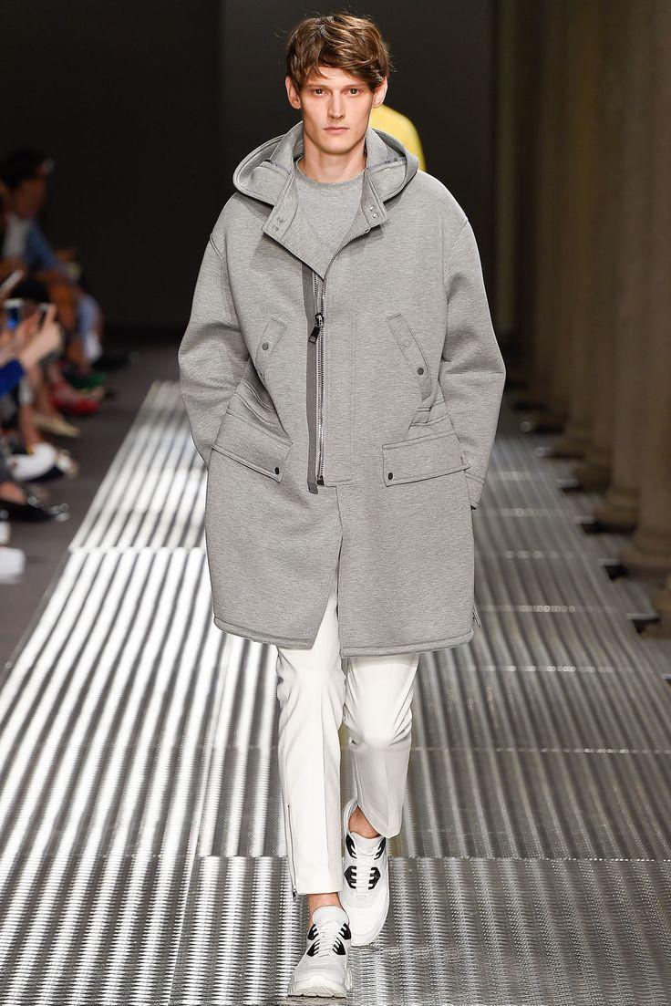 Neil Barrett - Spring 2015 Menswear - Look 10 of 42