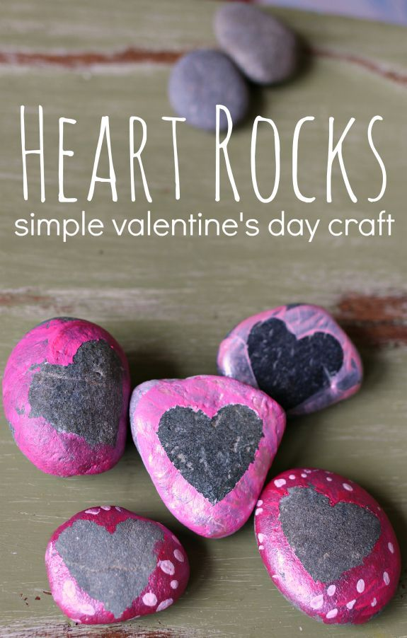 Heart rocks - so easy even preschoolers can make these! Fun Valentine's day craft .