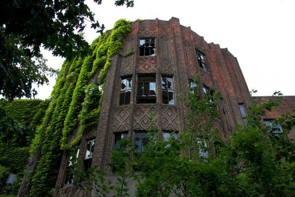 North Brother Island in New York's East River