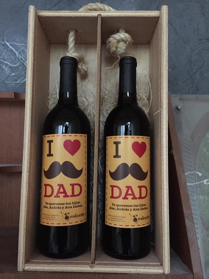 Regalos día del Padre, #vino #personalizado www.uvaycorcho.com.mx
