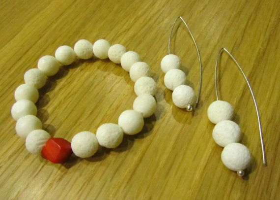 Jewelry set-Silver earrings-Coral bracelet-Coral jewelry-White sponge coral-Red bamboo coral-Stretch bracelet-Organic jewelry-Greek jewelry