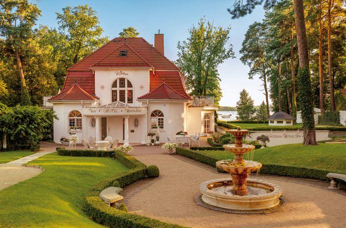 Das romantische Wellnesshotel Villa Contessa in Bad Saarow ist Deutschlands kleinstes First Class Hotel - wunderschön gelegen am Scharmützelsee