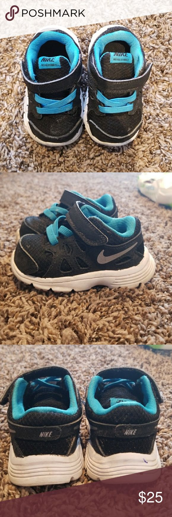 Nike Baby tennis shoes Adorable baby Nikes! Comfortable and light weight. Easy on and off with the Velcro strap. Nike Shoes Sneakers