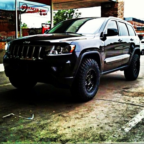 2011 Jeep Grand Cherokee lifted