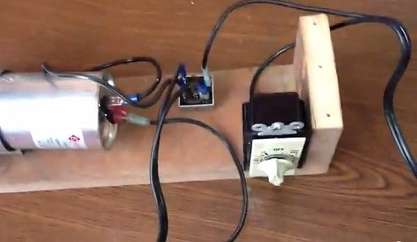 Capacitive Battery Charger by KmanAuto -- Homemade capacitive battery charger constructed from a timer, a bridge rectifier, an AC capacitor, a wooden enclosure, and a multimeter. http://www.homemadetools.net/homemade-capacitive-battery-charger