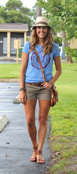 Great way to wear a graphic tee with olive shorts.  Plus cute hat.