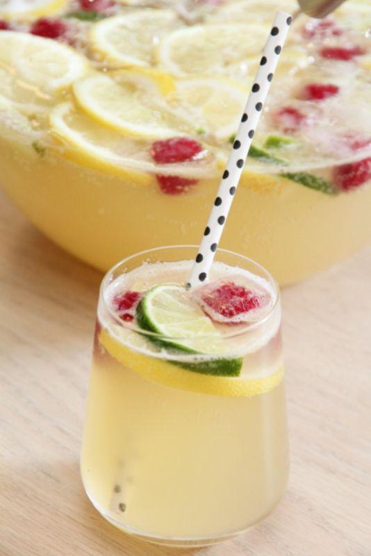 Limonade with raspberry