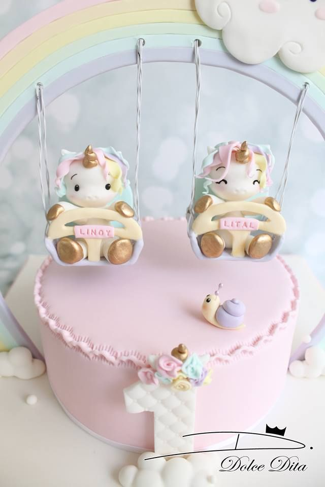 Unicorn Twins Girls 1st Birthday Cake Bolo Fofo Bolo De Cupcake Queques