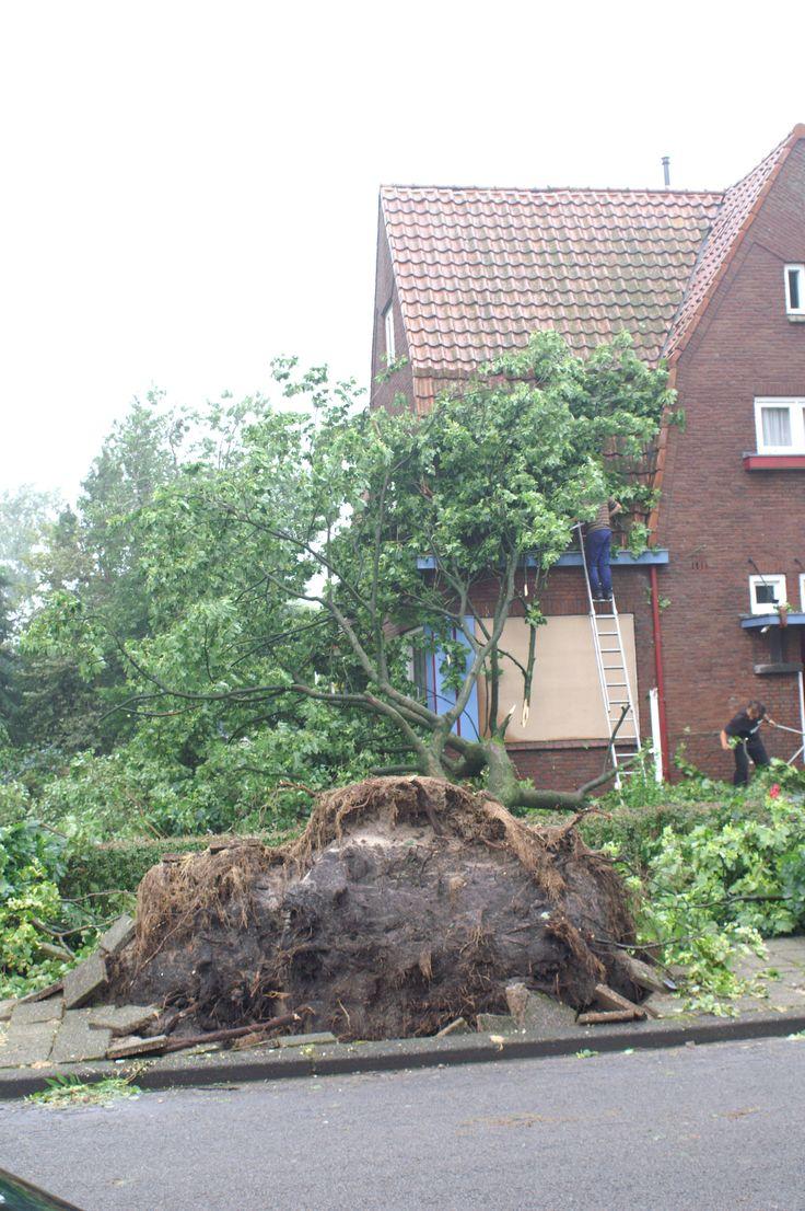 Downburst in Hoogeveen. 2007.