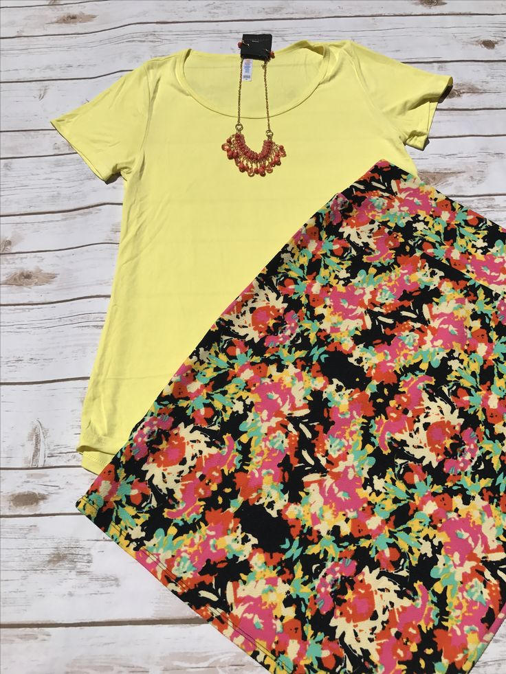 Summery Classic Tee and Cassie skirt!