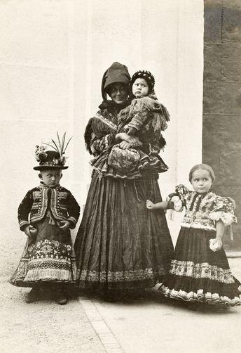Matyó népviselet 1910- Mezőkövesd - Hungary