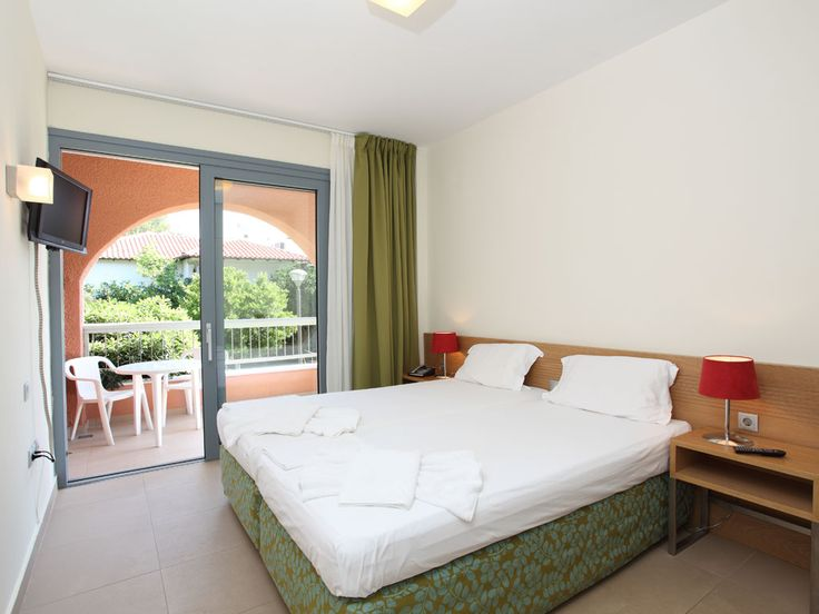 Superior Twins Suitesfully-furnished to guarantee comfortable and relaxing #accommodation at #Halkidiki #Greece