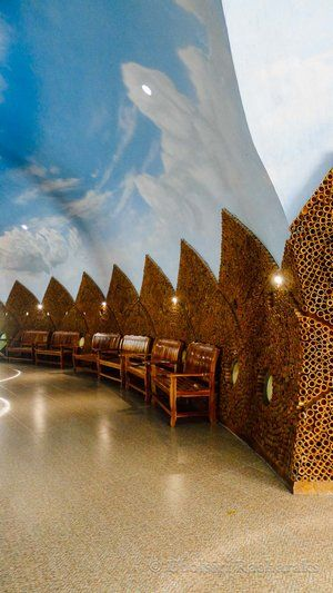 Interior of one of the buildings at Wat Sam Saeng Tham at Phitsanulok, Thailand | chasingsandcastles.com