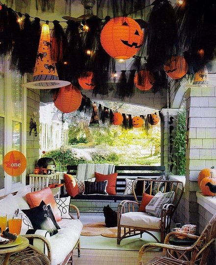 21 cheap and easy halloween decorations on a budget - Decorating For Halloween On A Budget