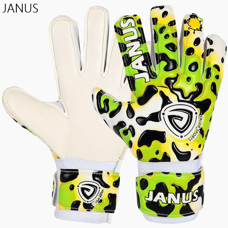 2017 New Kids Football Goalkeeper Gloves Professional Latex Kids Goalkeeper Gloves Finger Protection Guard Soccer Goalie Gloves