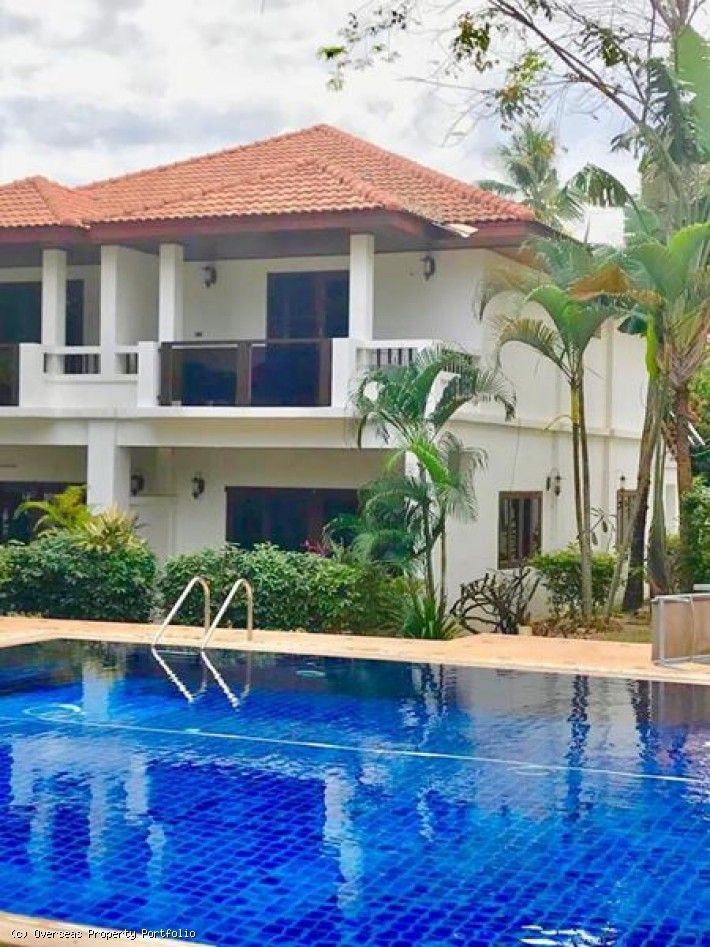 S1622 2 Bedroom Koh Samui Townhouse For Sale 3 800 000 Thb Kohsamuitownhouseforsale Kohsamuiproperty Townhouse Koh Samui Townhouse Rental Property