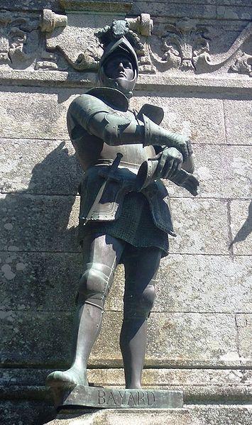 statue of Chevalier de Bayard in Sainte-Anne-d' Auray,Brittany.Среди осн. воинских подвигов Баярда: защита на протяжении 6-ти недель с гарнизоном в 1000 солдат осаждён.35-тыс. войском Карла V гор.Мезьер (1521; Карл V вынуж.был снять осаду и отступить,что сохранило Францию от его стремит. вторжения;Баярд был награжд.жалованной ему привилегией собирать собств. именную сотню воинов,на что прежде имели право только принцы корол. дома).