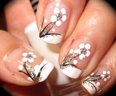 French Nail Art - floral design - in silver, black and white ♥