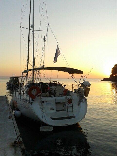 Ready to sail back to Neos Marmaras after eating a huge fagri.
