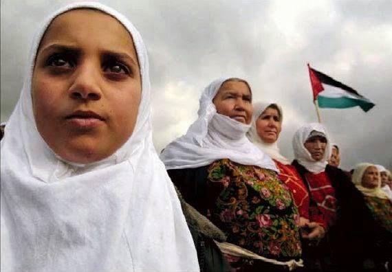 """'El papel de las #mujeres #palestinas en la resistencia y en la vida política ha sido realmente importante y aún es poco conocido' """"Sin las mujeres toda la sociedad palestina hubiera colapsado nos decían. Con los elevados índices de hombres mártires o encarcelados son muchísimas las que han tenido que asumir el mantenimiento productivo y reproductivo de la familia con hijos y otras personas a su cargo como personas mayores o con diversidad funcional (debido a bombardeos  ataques torturas )…"""