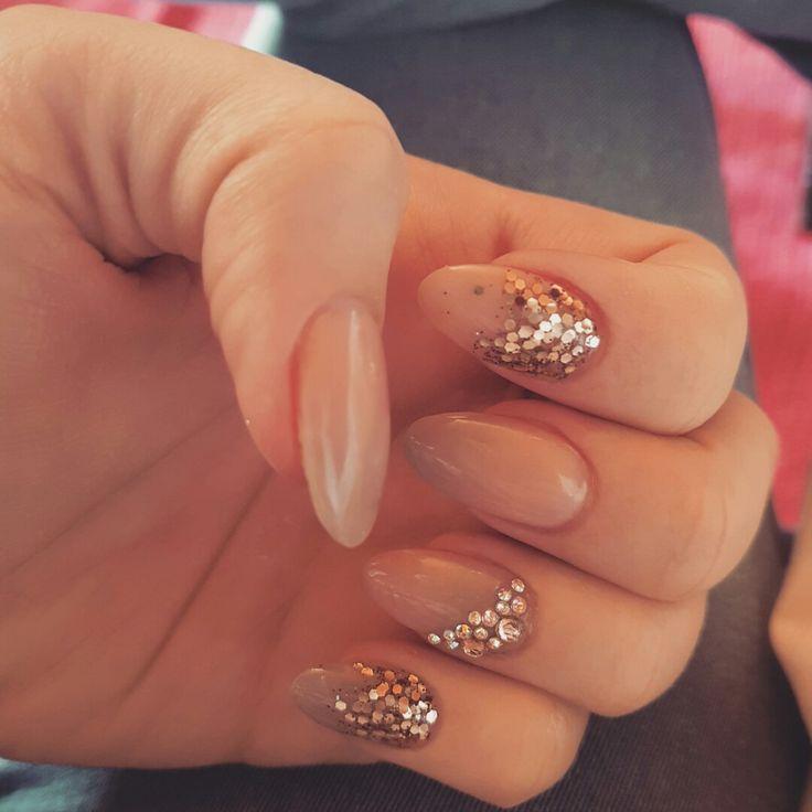 #nude #ombre #swarovskicrystals #glitter #gold