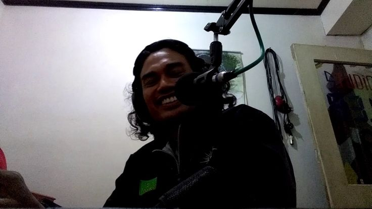 OBROLAN GUYON MATON  RADIO PURI FM  89,4  MENGGALI  INTI SARI KEHIDUPAN
