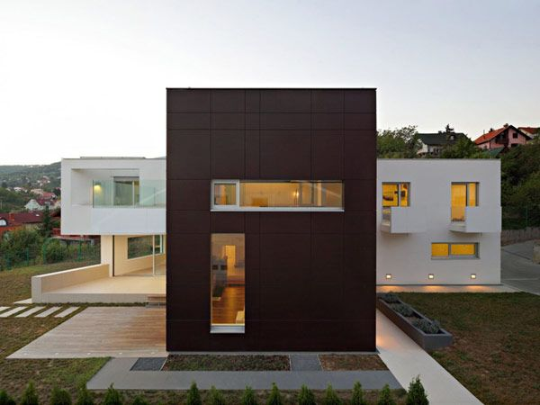 Imposing #Contemporary #Residence With a T-Shaped #Floorplan in #Zagreb