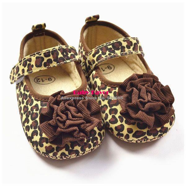 Ucuz  Doğrudan Çin Kaynaklarında Satın Alın: 1.durumda: yepyeni.2.malzeme: kumaş.3.boyutu: görmek boyutu çizelgesi.4.renk: brkendi.5.paket içerir: ayakkabı bir çift.6.features: 1). Tasarım çok çok güzel ve şık.2). Kumaş bebek için çok rahat giym