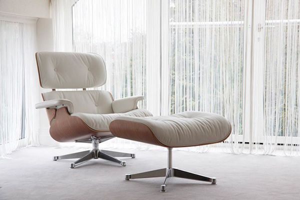 Eames Lounge Chair and Ottoman. My favorite! Read about the most fabulous chairs on my blog www.fabulousfinnish.com