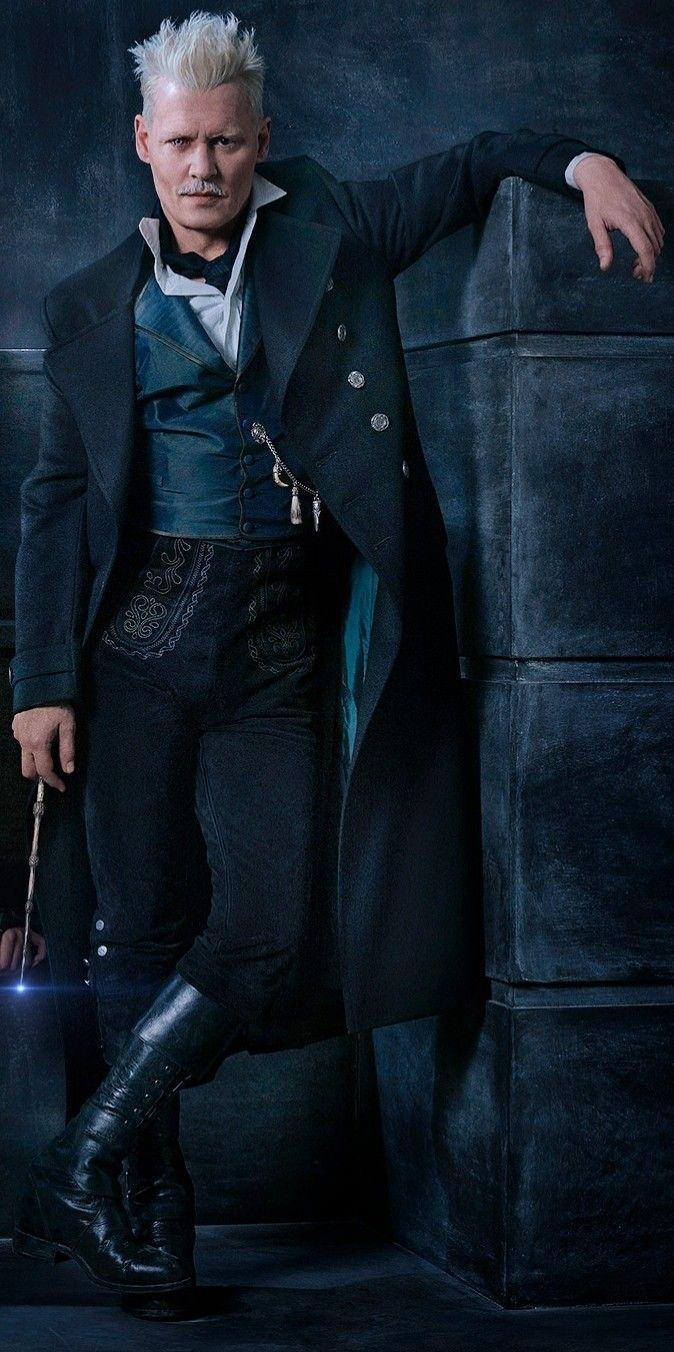 "Johnny Depp as Gellert Grindelwald in ""Fantastic Beasts: The Crimes of Grindelwald"" ❤"