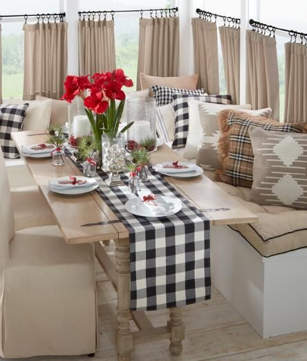 Based On A Best Selling Pattern This Timeless And Classic Table Runner Will Have Amaryllis BulbsCountry CurtainsBuffalo