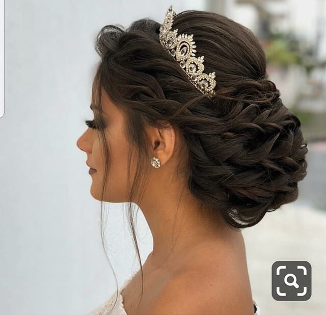 Pin By Lisa Houser On Forever And Ever Amen Quince Hairstyles Hair Styles Simple Bridal Hairstyle
