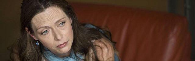 Vrouw riskeert 30 jaar gevangenisstraf omdat ze cannabisolie gebruikt tegen ziekte van Crohn - http://www.ninefornews.nl/vrouw-riskeert-30-jaar-gevangenisstraf-omdat-ze-cannabisolie-gebruikt-tegen-ziekte-van-crohn/