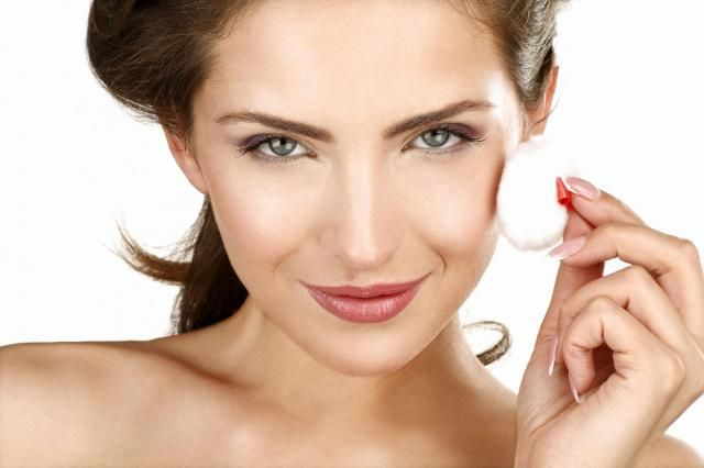 Kosmetyczka radzi: Jak pielęgnować cerę naczynkową?