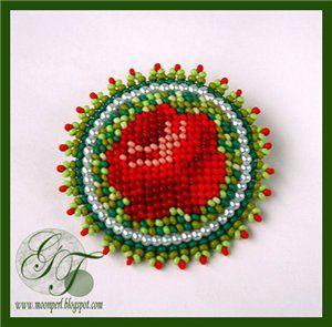 """Брошка """"Rose garden""""   biser.info - всё о бисере и бисерном творчестве"""