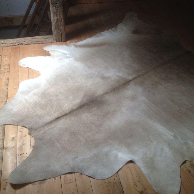 Grote nieuwe champagne  beige grijze huid vacht kleed koeienhuid 260 x 230 cm
