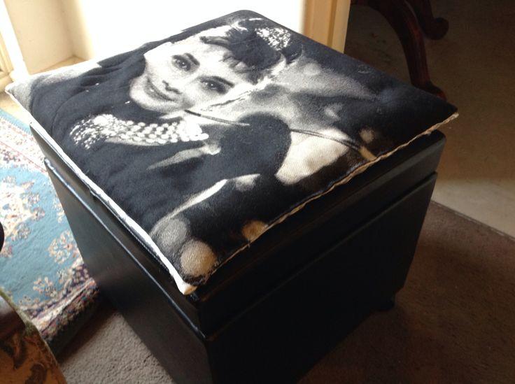 New flat cushions