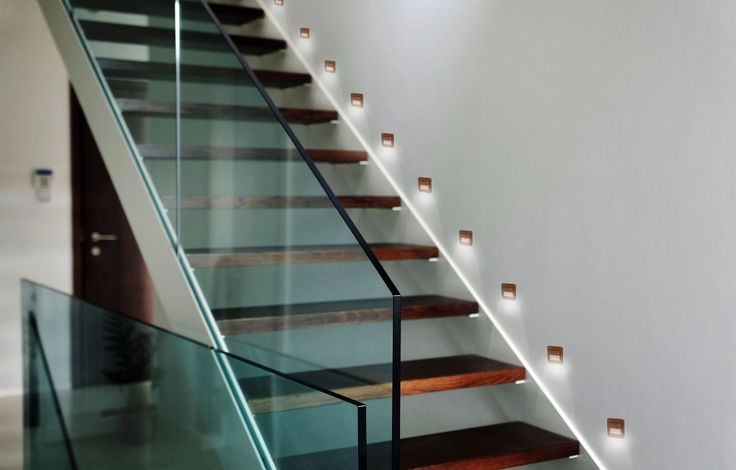 LED wall lighting SALSA is ideal for illuminating corridors, stairs, walls or furniture showcases.