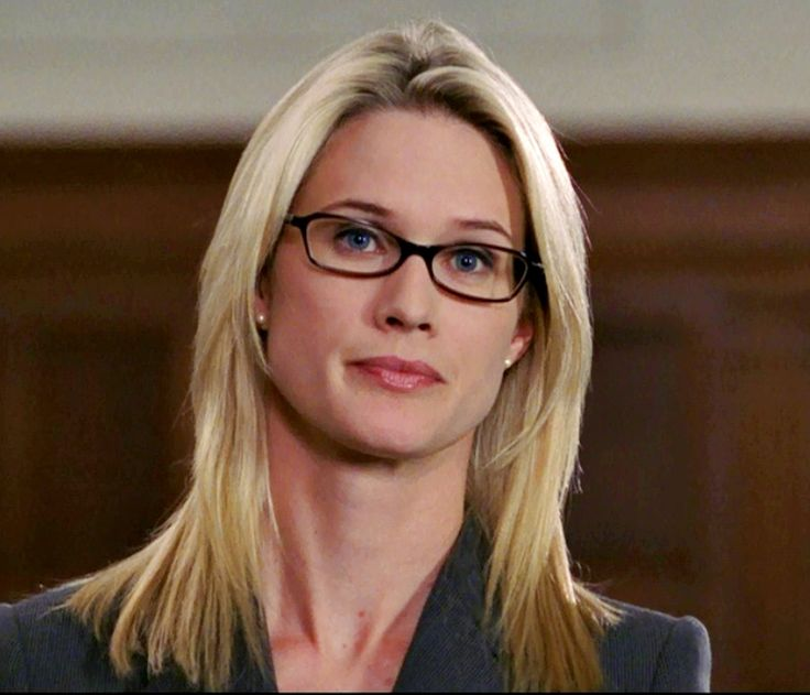 Alex Cabot Stephanie March As
