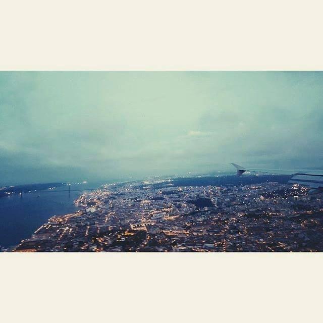 Anunciem ao mundo que eu estou a voltar para casa. // Tell the world I'm coming home. (@_joaocoelho Comissário de Bordo/Flight Attendant) #tapportugal #staralliance #lisbon Hotels-live.com via https://www.instagram.com/p/BEWLqW3pD5a/ #Flickr