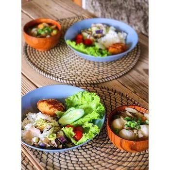 ワンプレートは残り物の朝食を豪華に見せる効果も♪汁物を具沢山にすれば、栄養価も手軽にアップ。