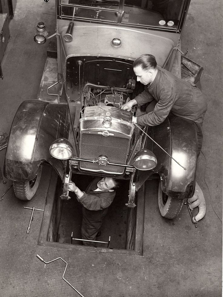 53 best images about vintage garages auto repair shops for Garage reparation auto