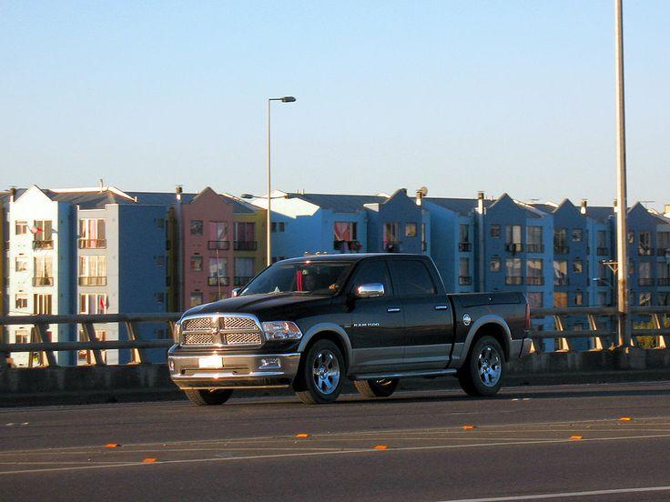 Dodge Ram 1500 Laramie Quad Cab 2012   Pickup 4gen.