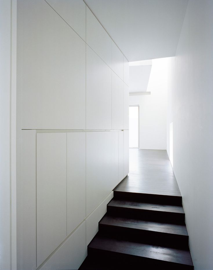 5 modern Japanese houses without windows: Ghost House by Datar Architecture - Japanese Design