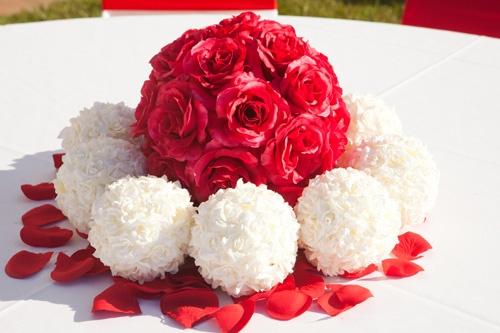 #roseballs #silkflowers #weddingcentrepiece