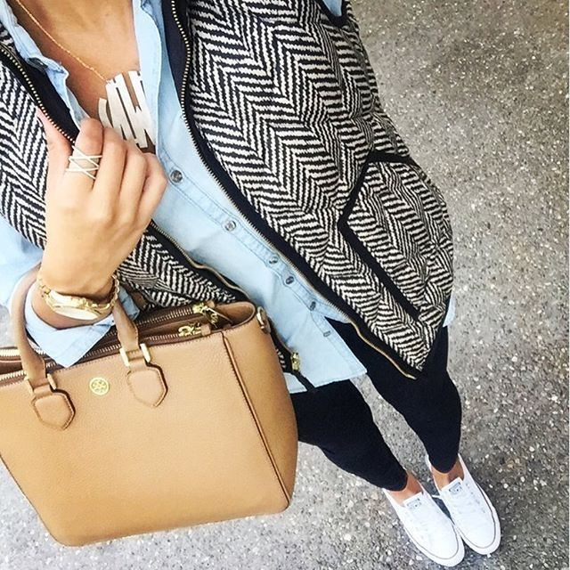 chambray shirt + herringbone vest + black skinny jeans + monogram necklace + white Converse sneakers + tan handbag