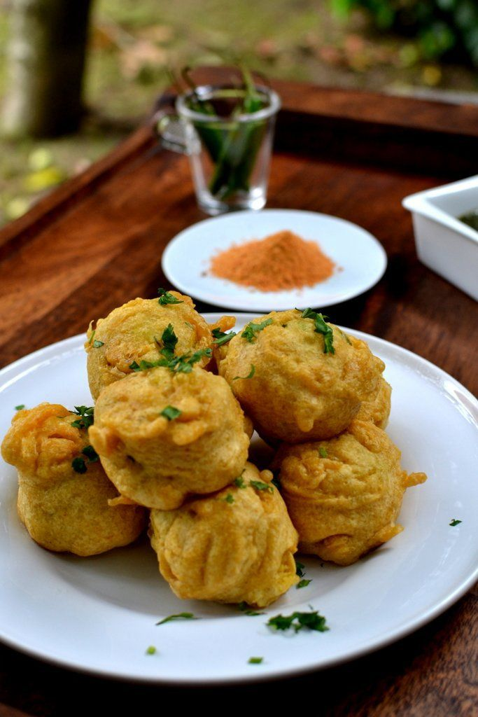 Mumbai-style Batata Vada   Spice in the City