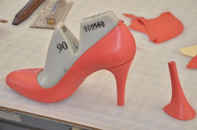 Great blog on shoe making