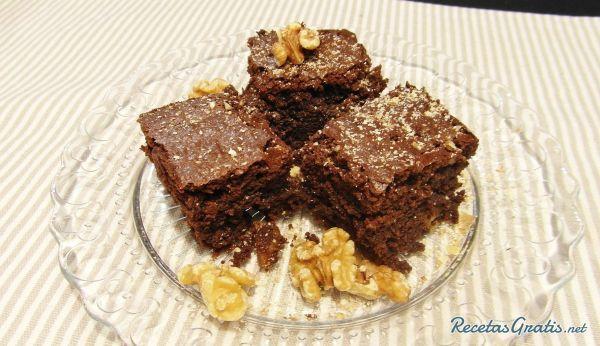 Brownie de chocolate con nueces #RecetasdeCocina #RecetasFáciles #Postres #PostresFáciles #Desserts #SugarLovers #Chocolate #Brownie